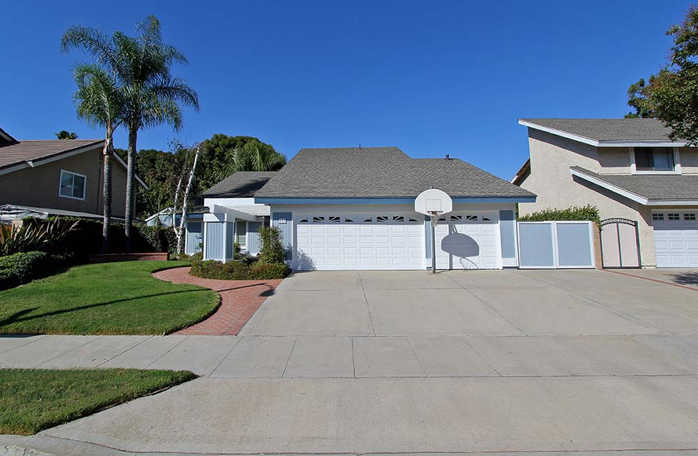 429 S Earlham, Orange, CA