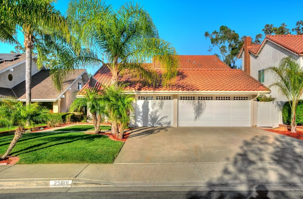 25601 Hazelnut Ln, Lake Forest, CA